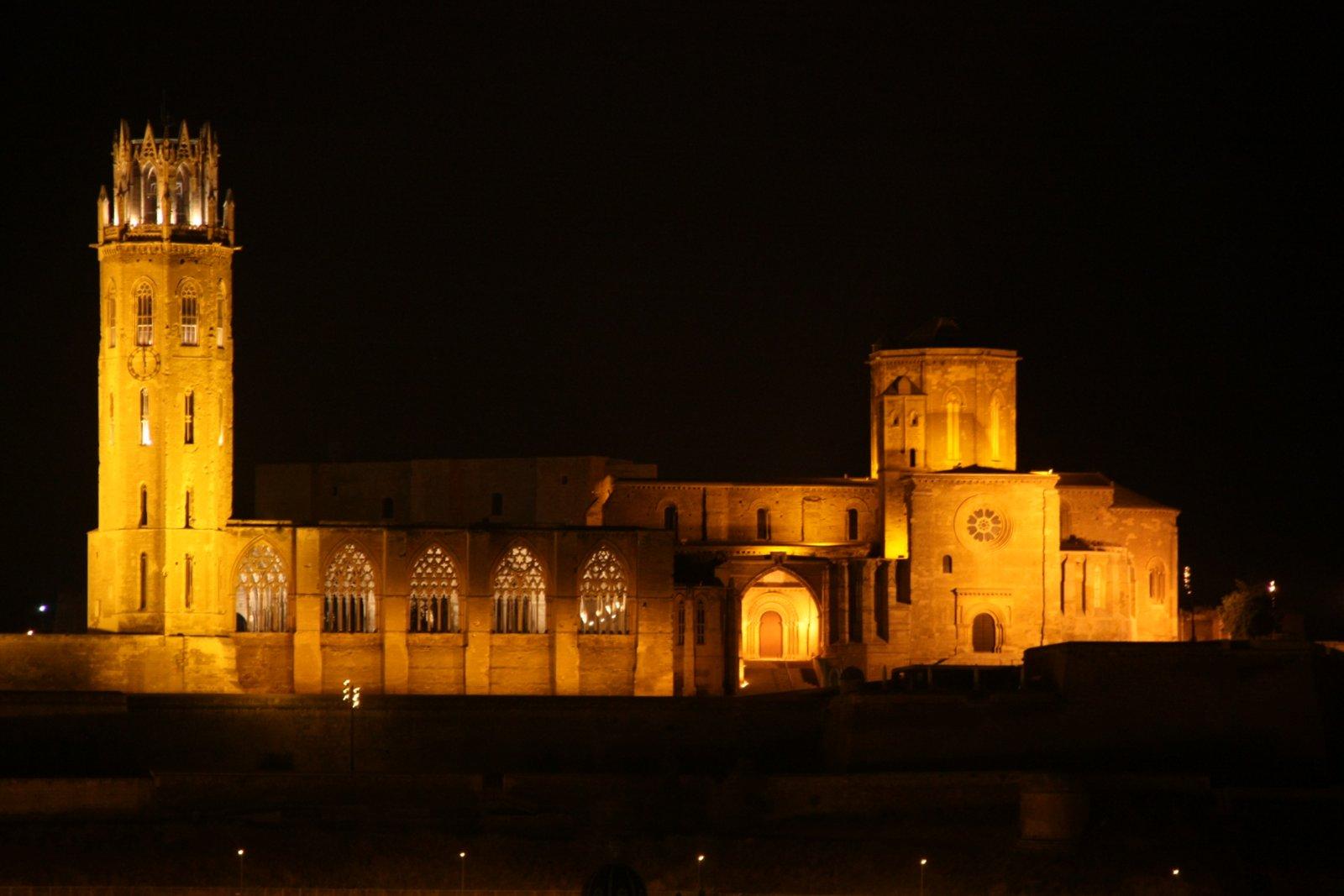 Hoteles en Lleida centro para visitar la Seu Vella
