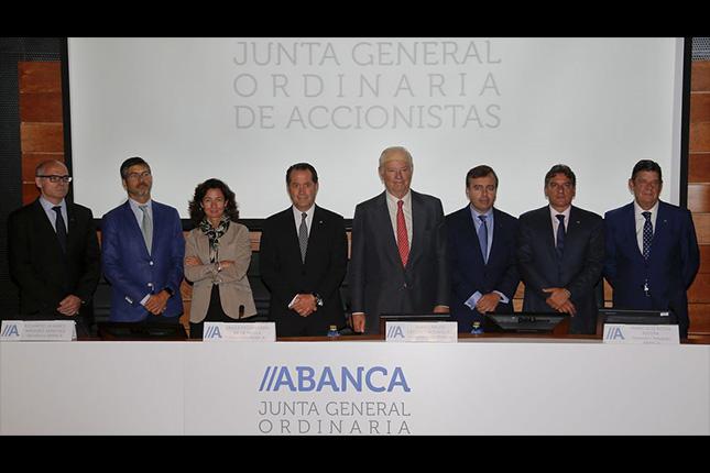 Abanca destinará sus beneficios de 2014 a fondos propios
