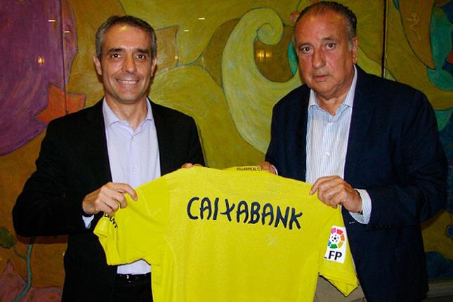 CaixaBank renueva su convenio con el Villarreal C.F.