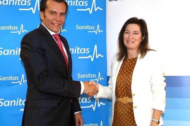 BBVA y Sanitas mejoran la financiación de los médicos asociados