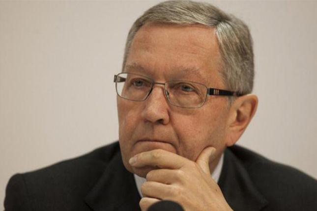 Klaus Regling reelegido director del MEDE