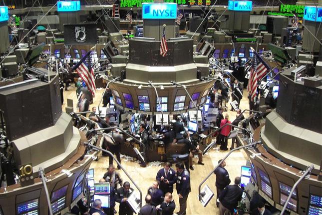 El secretario del Tesoro de EE.UU. contacta a los consejeros delegados de los principales bancos