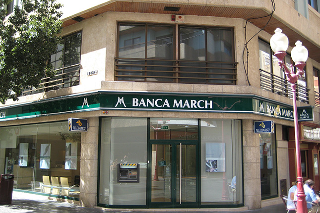Banca March incrementa los recursos de su banca privada