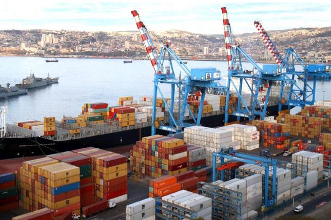 Las exportaciones chinas se recortan un 6,6 % en enero