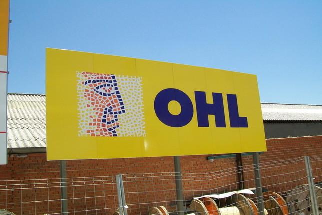 OHL pierde 432 millones de euros en 2016 tras sanear sus cuentas