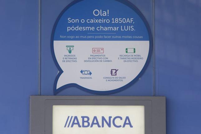 Abanca invierte 12 millones para modernizar 400 terminales en Galicia