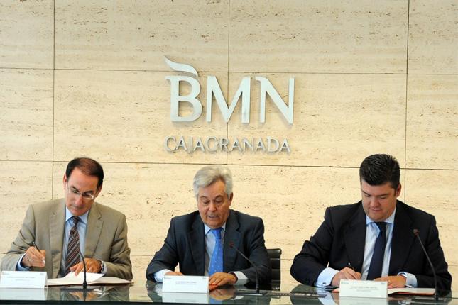 BMN-CajaGranada firma convenio con CEA