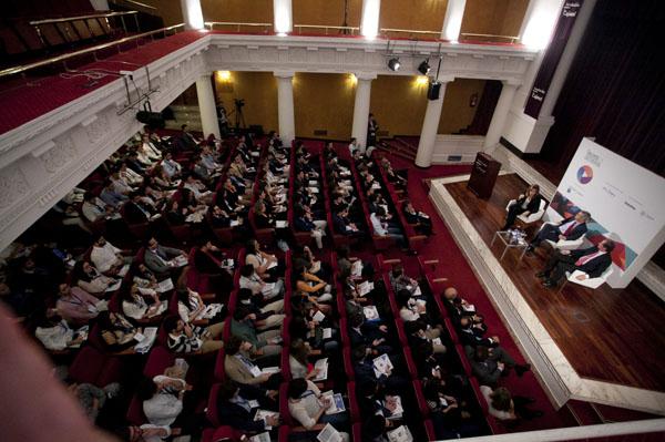 El Palexco coruñés acoge mañana martes 6 de octubre el congreso anual de la Confederación Española de Directivos y Ejecutivos (CEDE), en el que participarán unas 1.500 personas para abordar la actualidad de los emprendedores.
