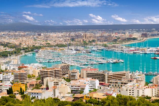 España recibe más de 7 millones de turistas en el mes de octubre