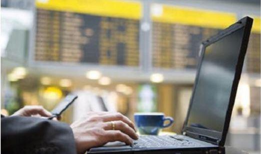 Aena ya dispone de WiFi gratuito en su red de aeropuertos