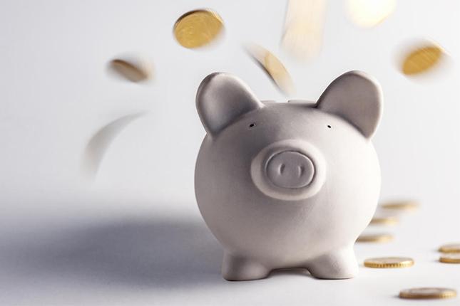 Los depósitos de hogares y empresas se reducen un 2,1%