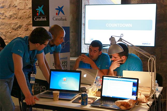 CaixaBank reta a los jóvenes a desarrollar la banca del futuro