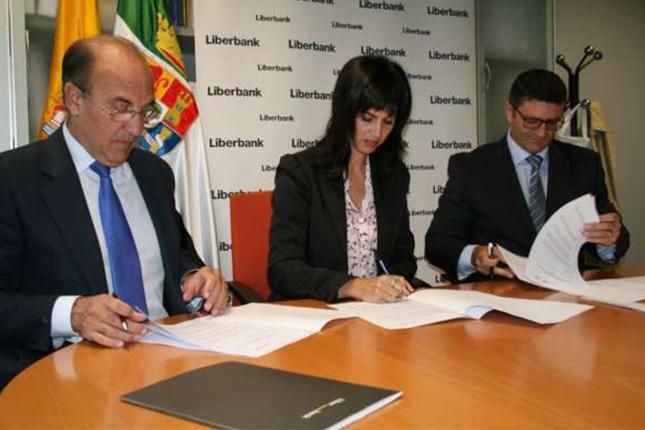 Liberbank y la Junta de Extremadura patrocinan el Festival de Mérida