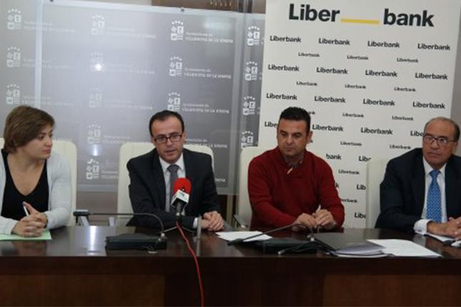 Liberbank otorga 60.000 euros para el Estadio Romero Cuerda
