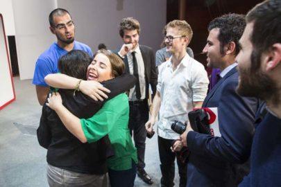 """Banco Santander, el CISE y la Fundación EY crean el premio """"YUZZ Mujer"""""""