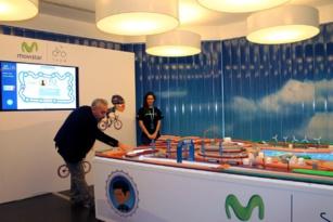 Movistar instala una pista tecnológica para jugar a las chapas
