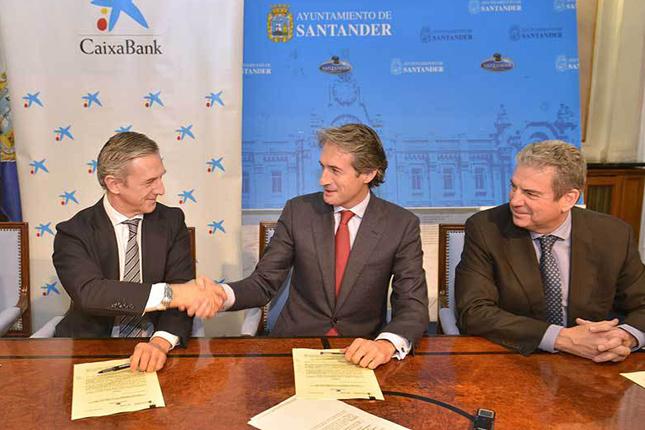 CaixaBank firma acuerdo con el Ayuntamiento de Santander