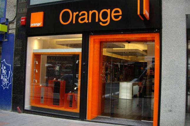 Orange lanza su banco móvil en Francia