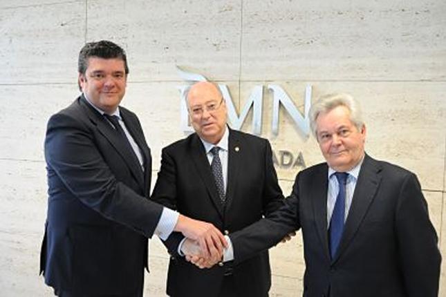 BMN-CajaGranada firma acuerdo con el Colegio de Farmacéuticos de Granada