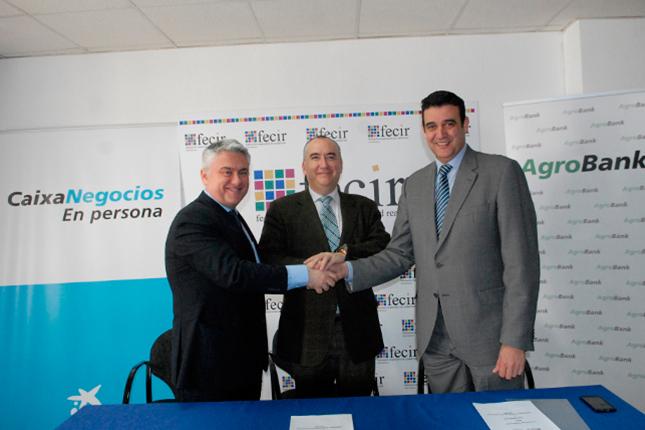 CaixaBank y Fecir firman un acuerdo económico