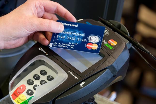 Mastercard: el 10,4% de los clientes digitales usa el móvil para pagar en tiendas