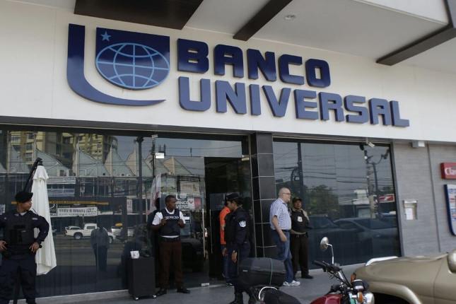 El Banco Universal de Panamá reabre tras su reorganización