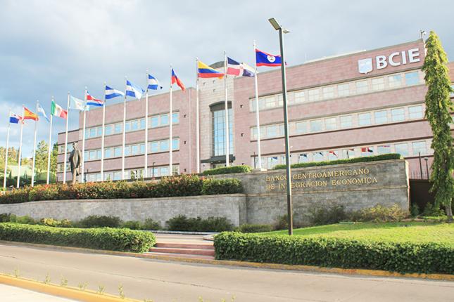 Panamá y R. Dominicana incrementan su participación en el BCIE