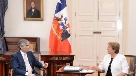 Francisco-Reynes (Abertis) y la presidenta de Chile