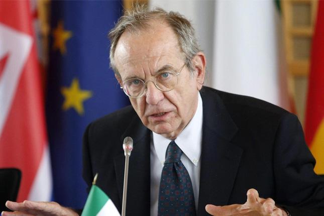 Pier Carlo Padoan propone un subsidio de paro europeo