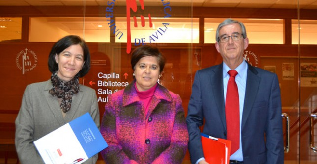 Banco Santander renueva el convenio con la Cátedra Santa Teresa de Jesús