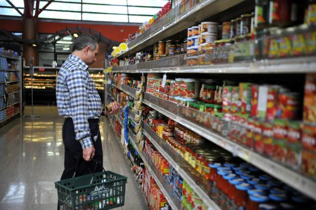 La confianza del consumidor se desploma 6,3 puntos