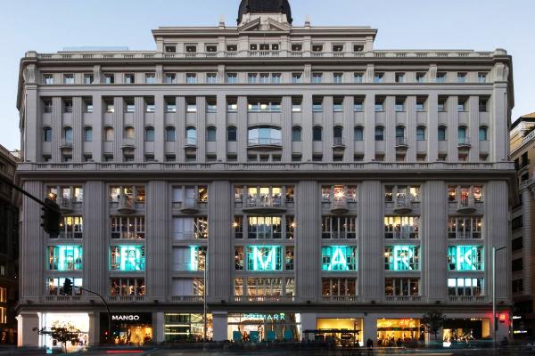 Primark supera a Zara en número de compradores en España
