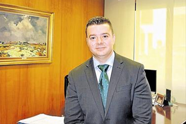 Cajamar nombra a Francisco González López nuevo director general