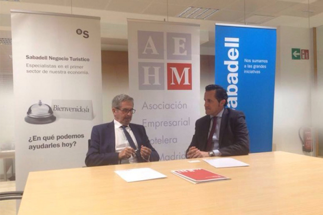 Banco Sabadell firma un acuerdo con la AEHM