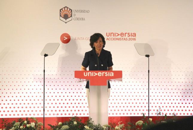 """Ana Botín: """"La sociedad nos reclama que lleguemos a acuerdos para construir un futuro mejor"""""""