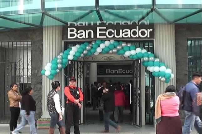 BanEcuador inicia operaciones