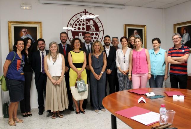 Banco Santander y la Universidad de Jaén conceden becas a personal docente e investigadores