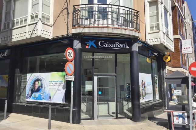 CaixaBank descarta adquisiciones en España