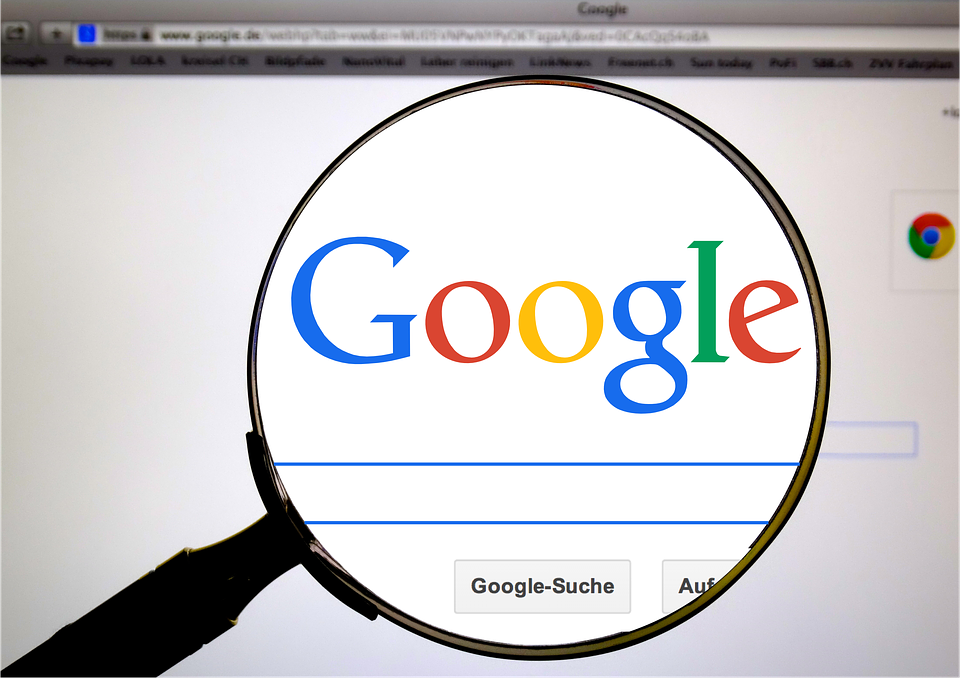 Bruselas actuará si EEUU sanciona a Francia por la 'tasa Google'