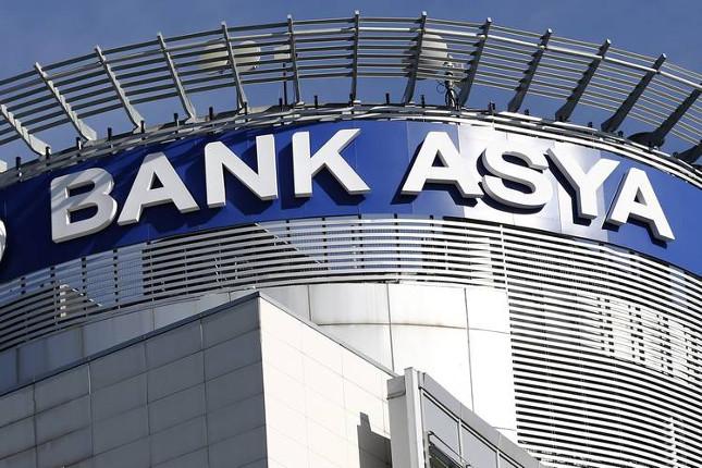 Bank Asya suspende sus actividades temporalmente