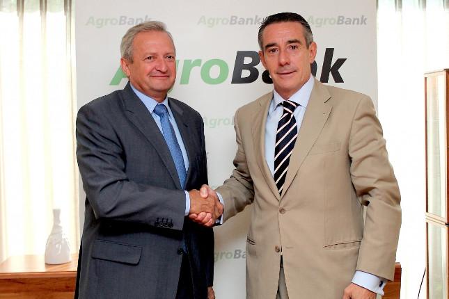 CaixaBank impulsa la competitividad en el sector vitivinícola