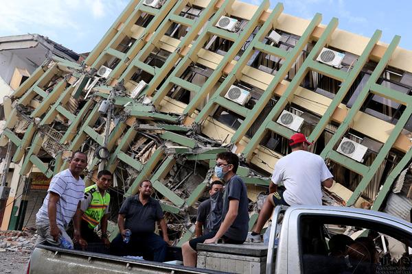 Movistar recauda 69.000 euros para afectados por el terremoto de Ecuador