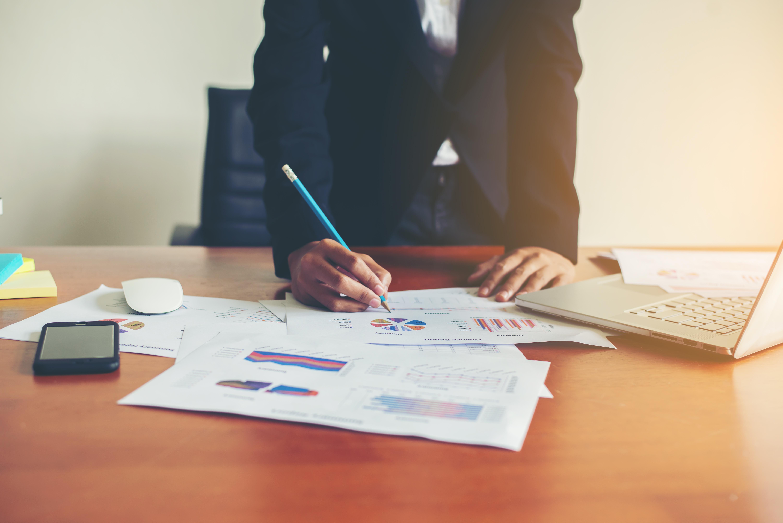 La limpieza de oficinas en madrid mejora el ambiente de for Oficinas caixabank madrid