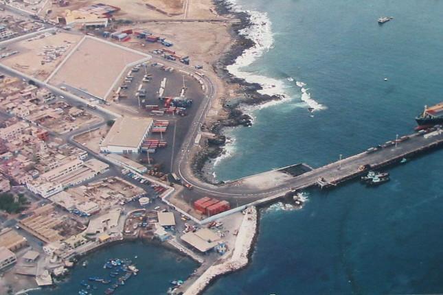 Bolivia y Chile buscan acuerdo sobre tarifas portuarias