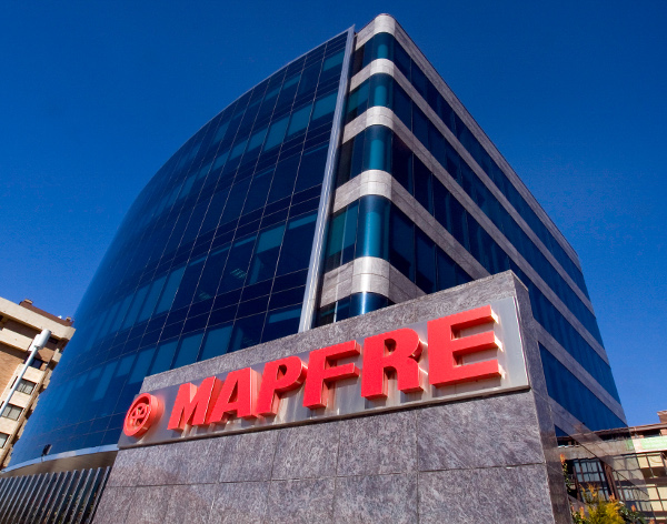 Mapfre prevé que el PIB caiga entre el 11,8% y el 12,1%
