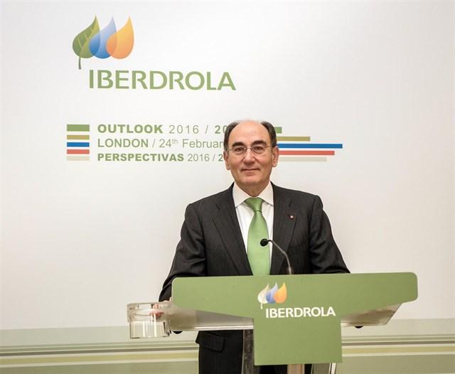 Iberdrola gana 828 millones en el primer trimestre