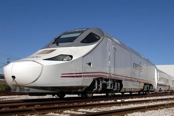 Renfe ya tiene trenes para su AVE 'low cost'