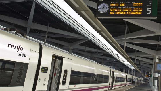 Renfe y Ferrovial acuerdan salvar 2.000 empleos
