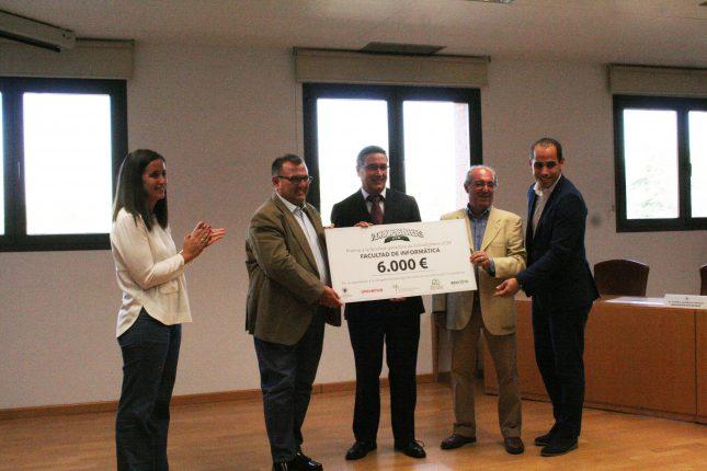 Banco Santander respalda a Universia en su iniciativa Vidrio Fighters UCM