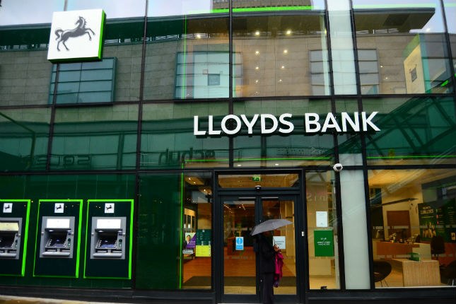 Lloyds Banking Group gana 2.319 millones hasta septiembre